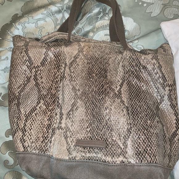 BCBGMaxAzria Handbags - BCBG Max Azria snake skin bucket bag